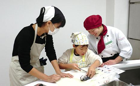 料理教室がつなぐ地域の絆「親子クッキング教室」