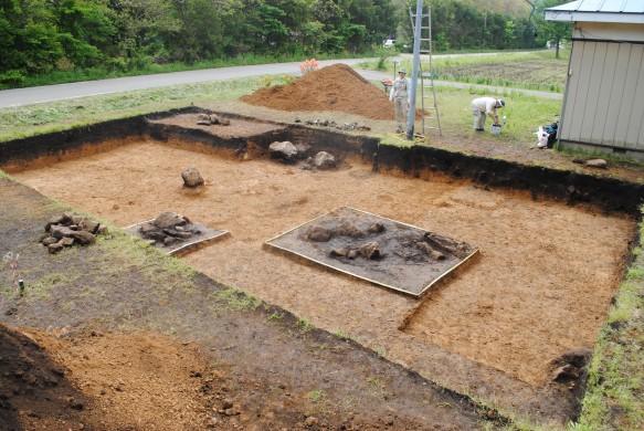 笹山原16遺跡発掘調査の様子