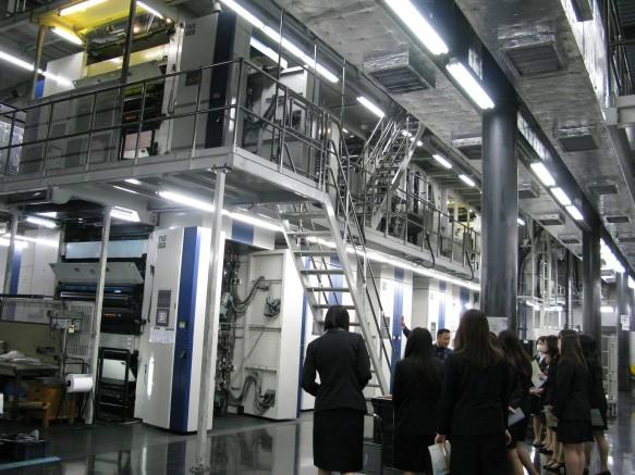 工場に入ると、とにかく全てが大きくて驚きの連続。