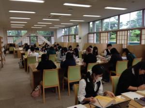 教職保育実践演習(図書館)