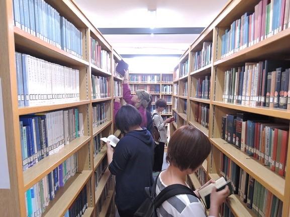 CMでみた光景が目の前に!面白そうな本がいっぱい