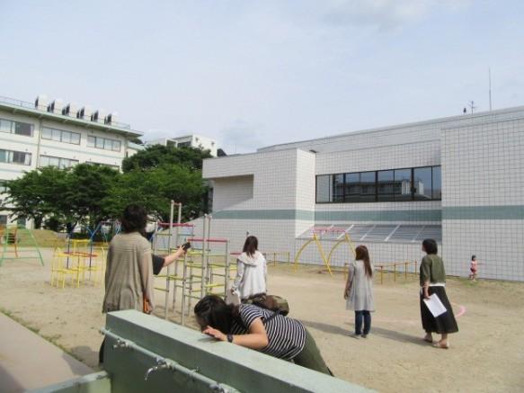 敷地の状況や周辺環境も確認。