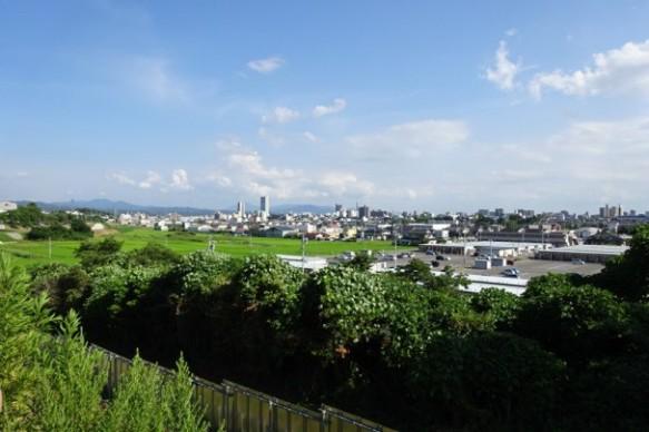 今回は新設される郡山富田駅の南東側の敷地を選定