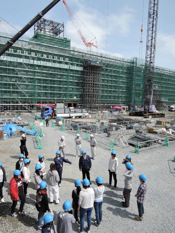 大規模な庁舎が建設中!須賀川市民になりたい学生も増えたかな?