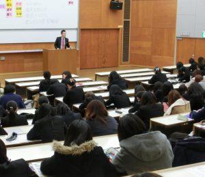 「自己PR」「エントリーシート対策」を担当した唐沢氏の講義